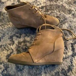 Made girl lace up wedge booties